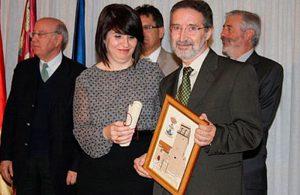 José Navarro, recogiendo el premio en representación de AVEC-Gremio